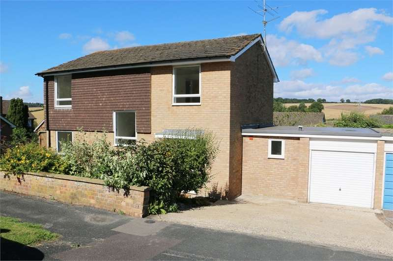 4 Bedrooms Detached House for sale in Princess Drive, ALTON, GU34