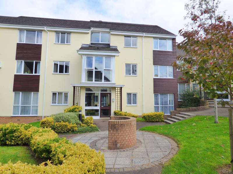 2 Bedrooms Apartment Flat for sale in Abbeyford Court, Okehampton