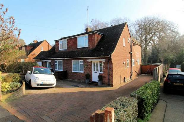 3 Bedrooms Semi Detached House for sale in St Johns, Woking, Surrey