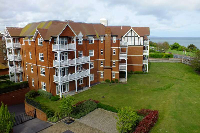 2 Bedrooms Flat for sale in Darley Road, Eastbourne, BN20 7GA