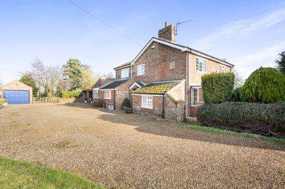 4 Bedrooms Detached House for sale in Tilney Fen End, Wisbech, Cambs