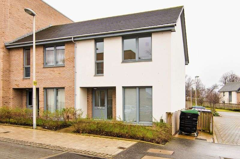 3 Bedrooms Flat for sale in 2 Fala Place, Liberton, Edinburgh, EH16 6FG