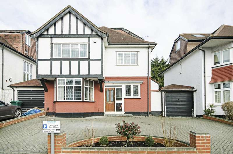4 Bedrooms House for sale in Cheyne Walk, Hendon, NW4