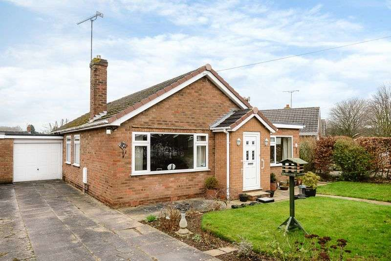 3 Bedrooms Detached House for sale in Ashton, Nr Chester