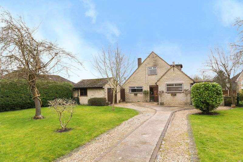 4 Bedrooms Detached Bungalow for sale in Littleworth, Faringdon
