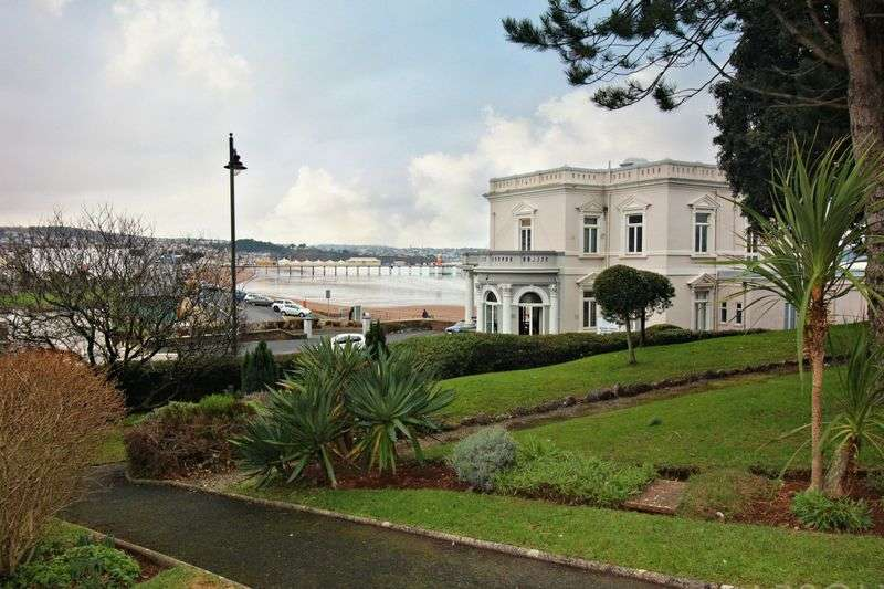 2 Bedrooms Flat for sale in Cleveland Road, Paignton