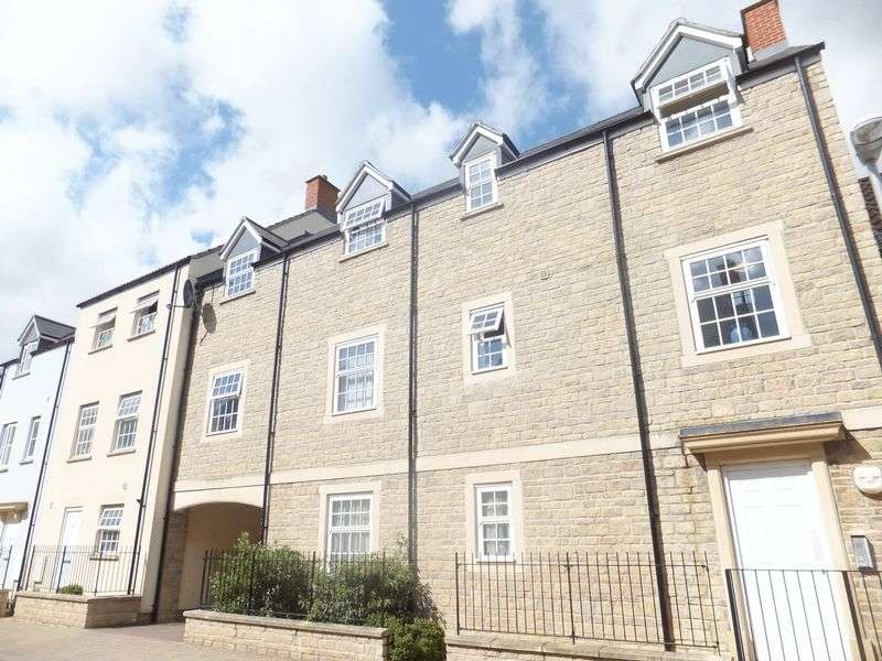 2 Bedrooms Flat for sale in Summerleaze Park, Shepton Mallet