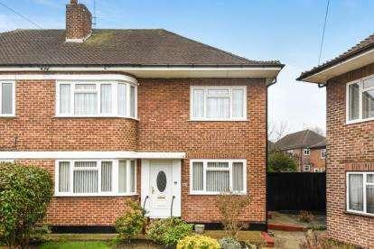 2 Bedrooms Maisonette Flat for sale in Cheston Avenue, Croydon