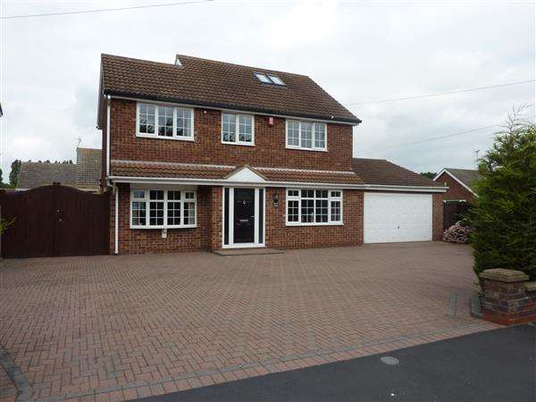 4 Bedrooms Detached House for sale in WINSLOW DRIVE, IMMINGHAM