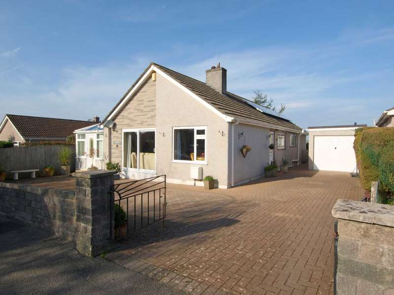 4 Bedrooms Detached Bungalow for sale in Callington, PL17 7HB