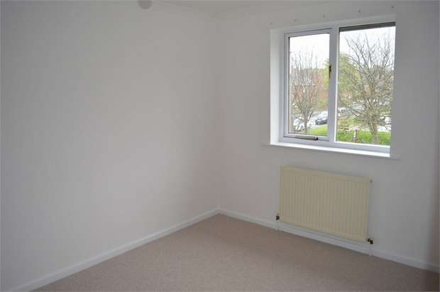 3 Bedrooms Terraced House for sale in Moorbottom, Honley, HOLMFIRTH, West Yorkshire