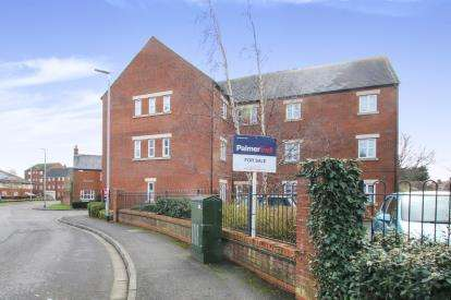 2 Bedrooms Flat for sale in Taunton, Somerset