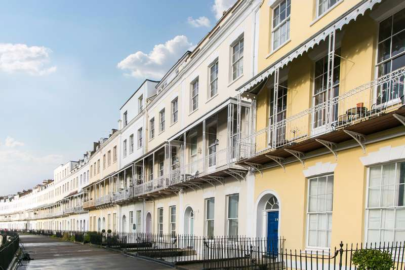 2 Bedrooms Apartment Flat for sale in Royal York Crescent