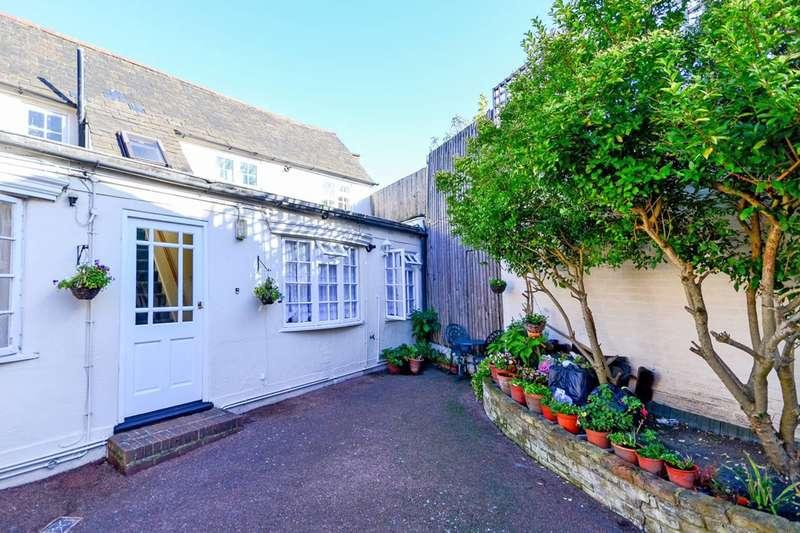 1 Bedroom Flat for sale in High Street, Thornton Heath, CR7