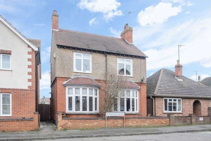3 Bedrooms Detached House for sale in Wykeham Road, Higham Ferrers