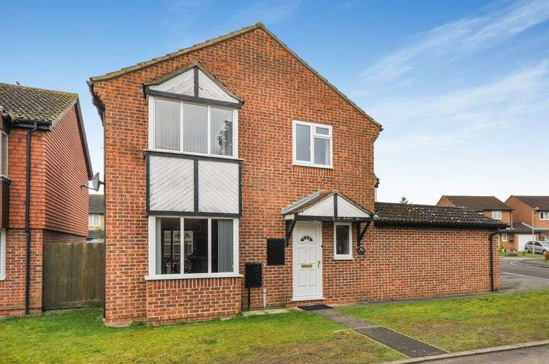3 Bedrooms Detached House for sale in Isis Avenue, Bicester