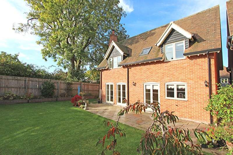 4 Bedrooms Detached House for sale in Sway Road, Brockenhurst