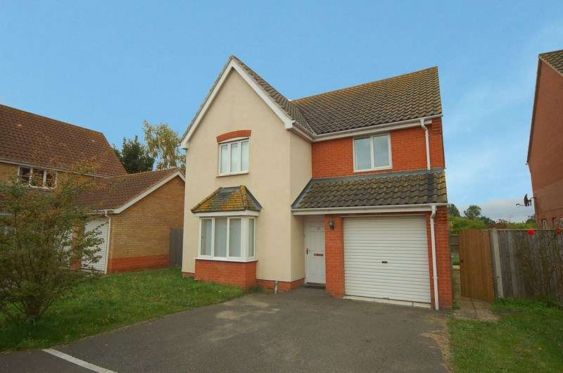 4 Bedrooms Detached House for sale in Linden Walk, Beck Row, Bury St. Edmunds