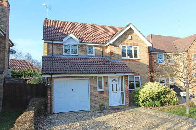 4 Bedrooms Detached House for sale in Dibden
