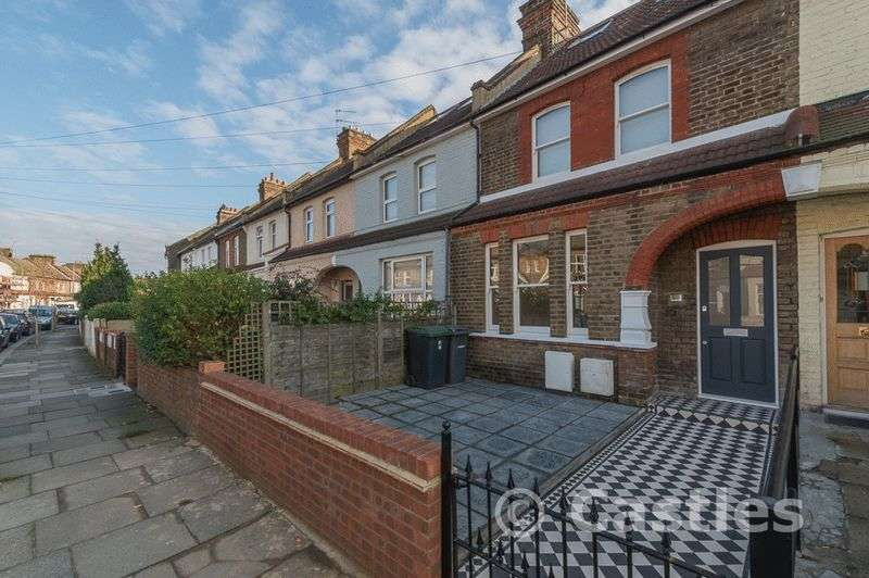5 Bedrooms Terraced House for sale in Clarendon Road N15