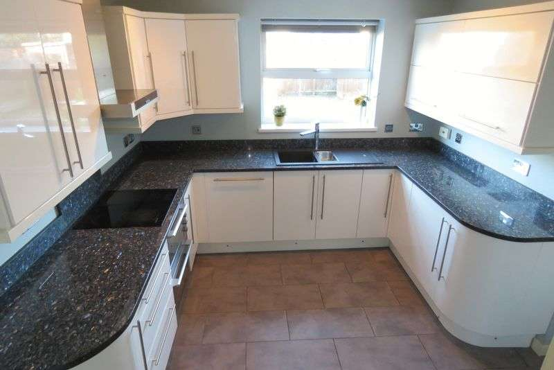 4 Bedrooms Detached House for sale in Darnford Close, Hall Green, Birmingham B28 0YJ