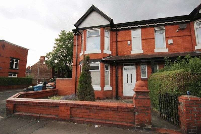 3 Bedrooms Terraced House for sale in Platt Lane, Manchester