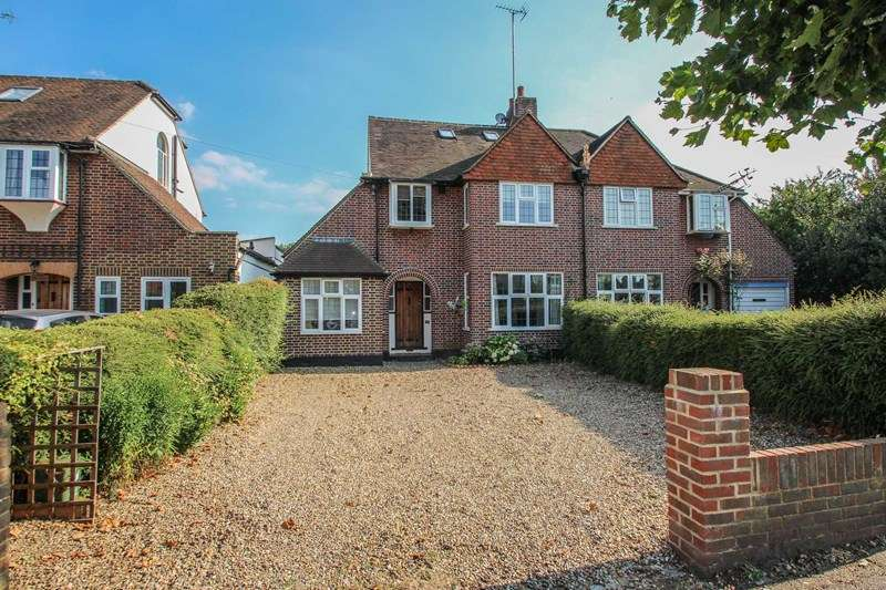4 Bedrooms Semi Detached House for sale in St. Leonards Road, Claygate, Esher