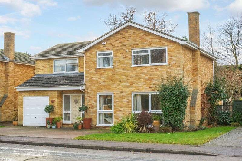 5 Bedrooms Detached House for sale in Willow Close, Brampton