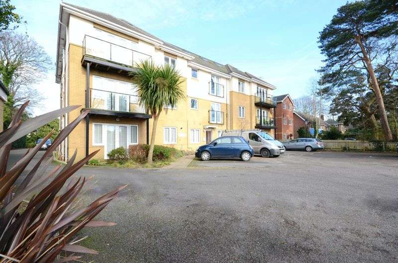 1 Bedroom Flat for sale in Richmond Park Road, Bournemouth