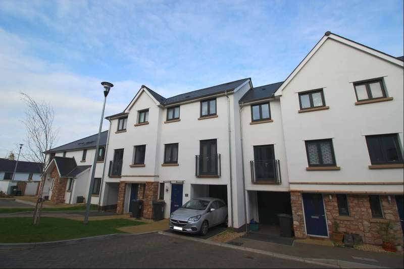 3 Bedrooms Property for sale in Dell Court, Newton Abbot, TQ12