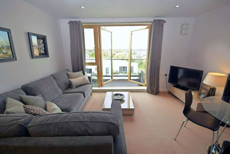 2 Bedrooms Flat for sale in Dairy Close, Parsons Green, London, SW6 4HB