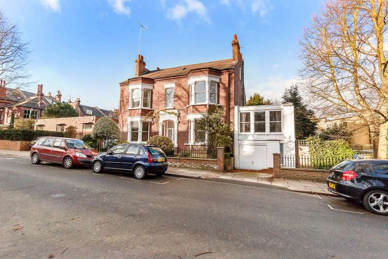 6 Bedrooms Detached House for sale in Church Road, Highgate, London N6 4QT
