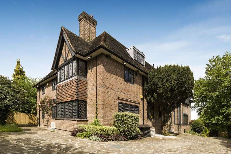 7 Bedrooms Detached House for sale in Winnington Road, Hampstead Garden Suburb, N2