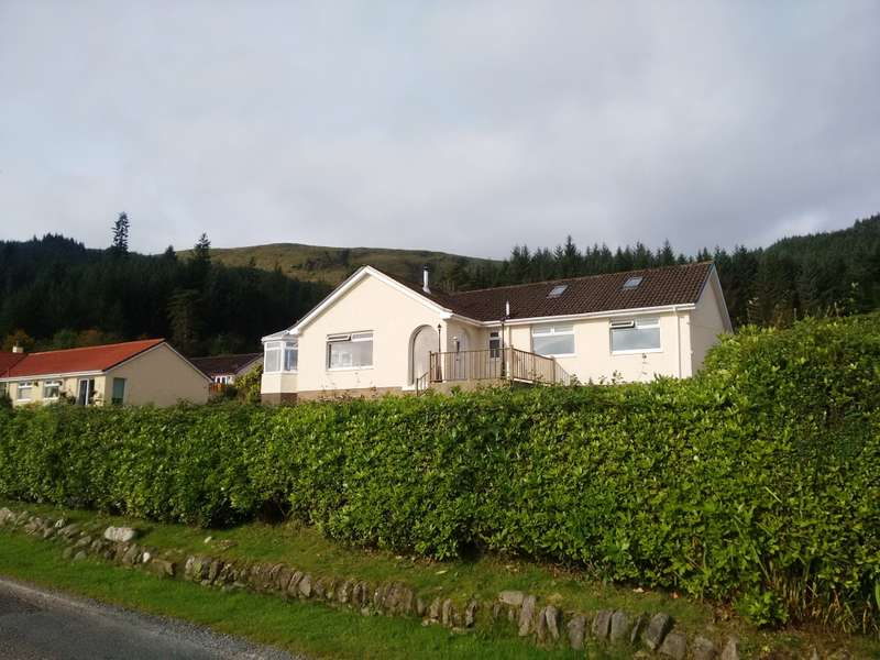 4 Bedrooms Detached Bungalow for sale in Glen Stuart, 27 Ardenfield, Ardentinny, PA23 8TU