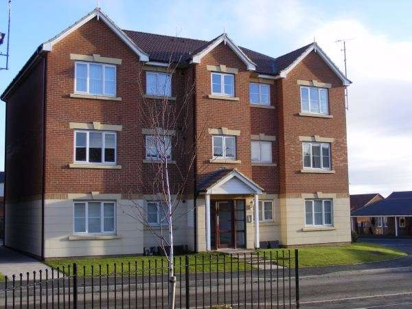 2 Bedrooms Flat for sale in Haydon Drive, Willington, Wallsend, Tyne and Wear