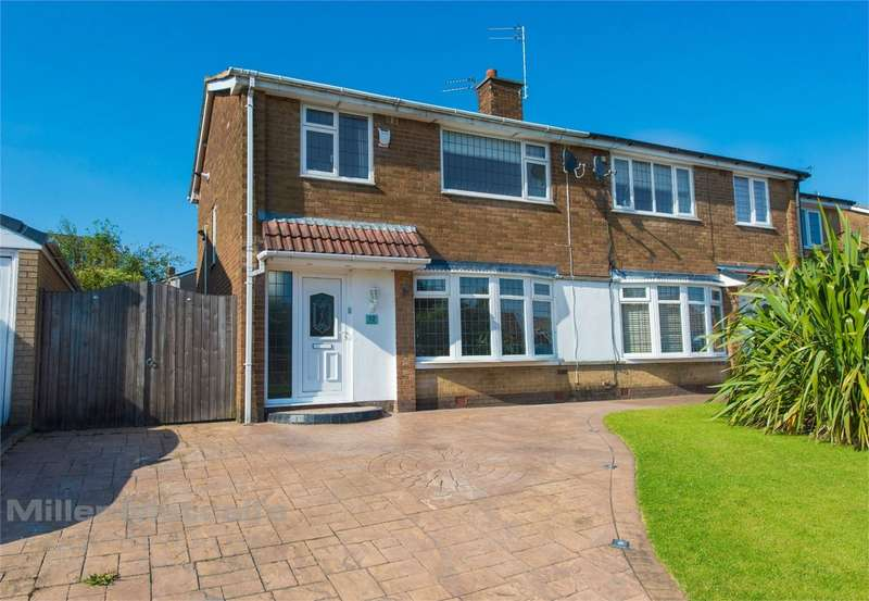 3 Bedrooms Semi Detached House for sale in Henley Close, Bury, Lancashire
