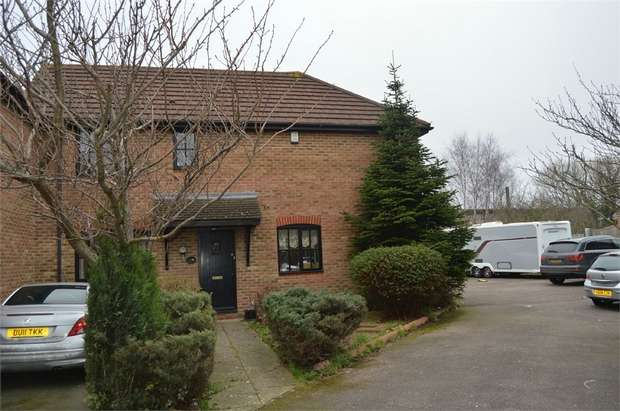 3 Bedrooms End Of Terrace House for sale in Rosemary Close, Croydon