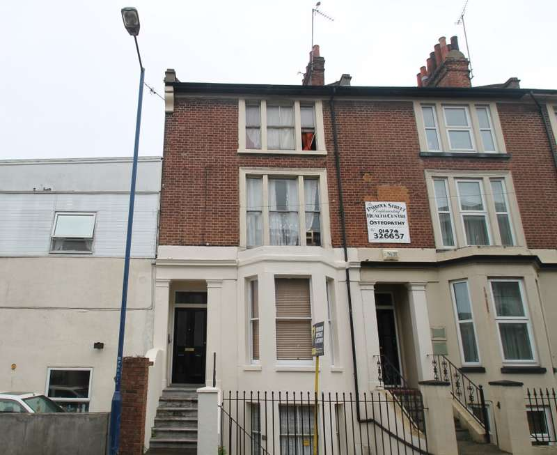 1 Bedroom Flat for sale in Flat B, Parrock Street, Gravesend, Kent, DA12 1EX