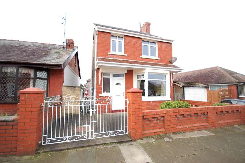 3 Bedrooms Detached House for sale in Highgate, Blackpool