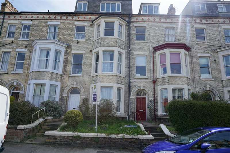 2 Bedrooms Flat for sale in Cromwell Terrace, Scarborough, North Yorkshire, YO11 2DT