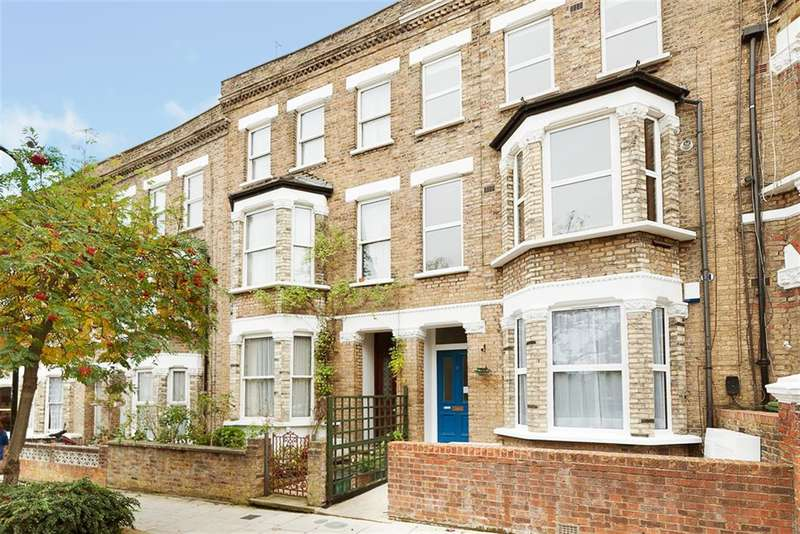 2 Bedrooms Flat for sale in Messina Avenue, London, NW6