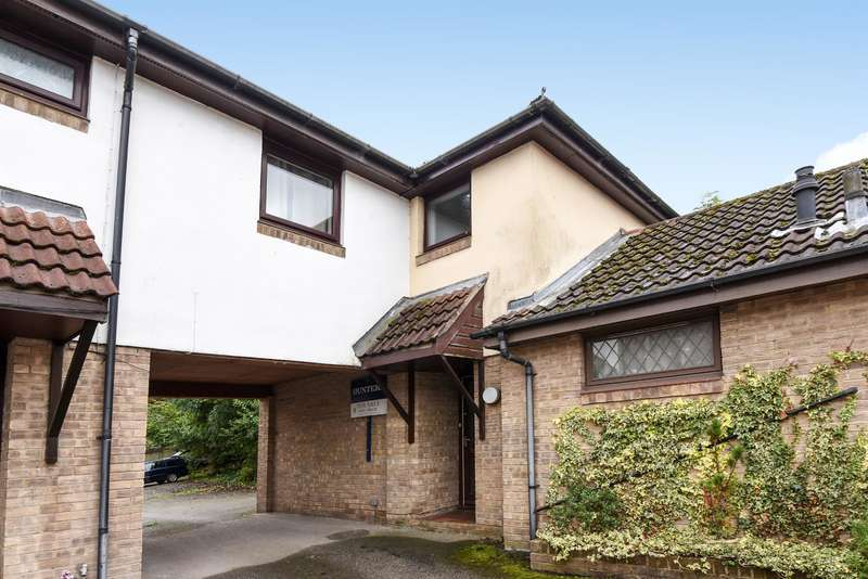 2 Bedrooms Town House for sale in Kings Meadow Mews, Wetherby, West Yorkshire LS22 7FT