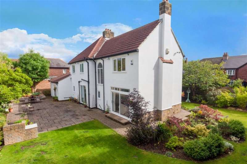 5 Bedrooms Detached House for sale in West Parade, West Park , Leeds, LS16