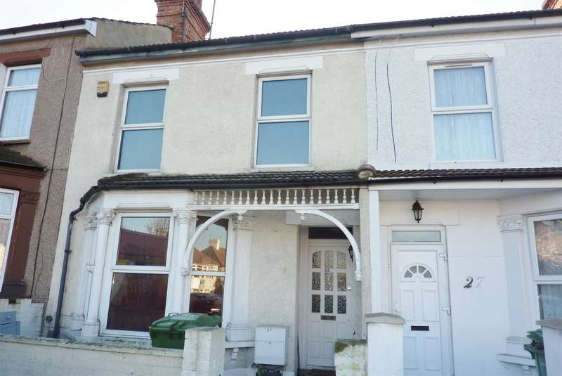 4 Bedrooms Terraced House for sale in Gilbert Road, Belvedere, Kent, DA17 5DB