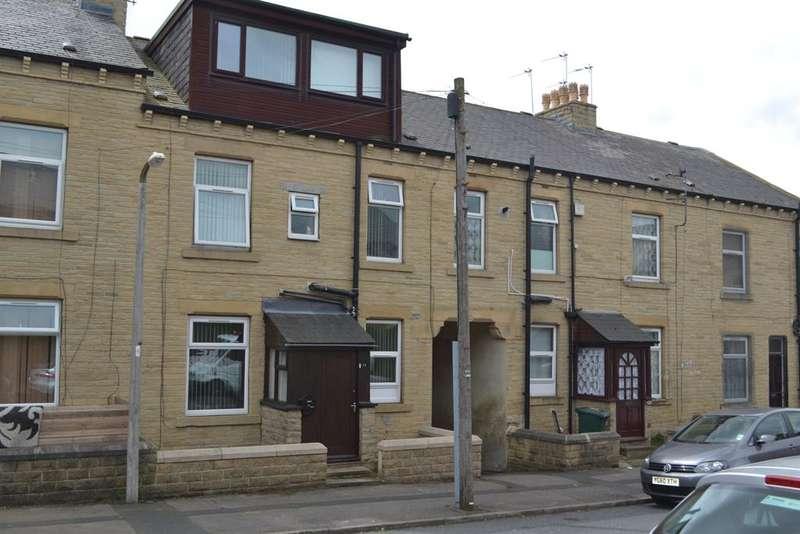 5 Bedrooms Terraced House for sale in Harriet Street, Bradford, West Yorkshire, BD8 8PL