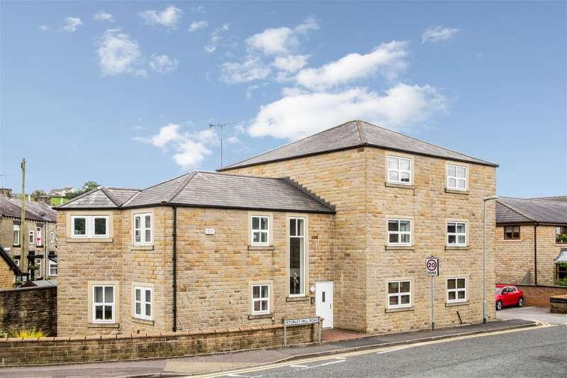 2 Bedrooms Duplex Flat for sale in Gwendoline Thomas Court, Littleborough, OL15 8HU