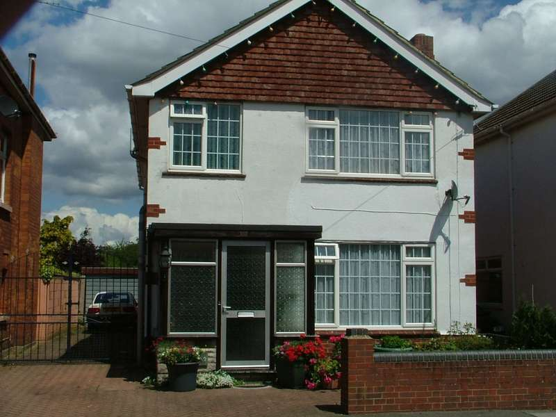 6 Bedrooms Detached House for rent in Ensbury Park Road, Bournemouth,