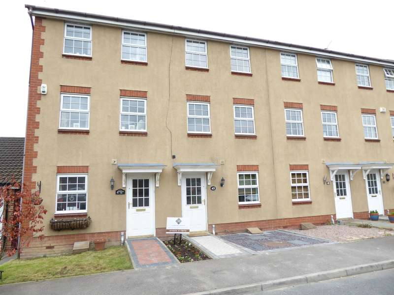 3 Bedrooms Town House for sale in Warwick Way, Wilmington, Kent, DA1 1NQ