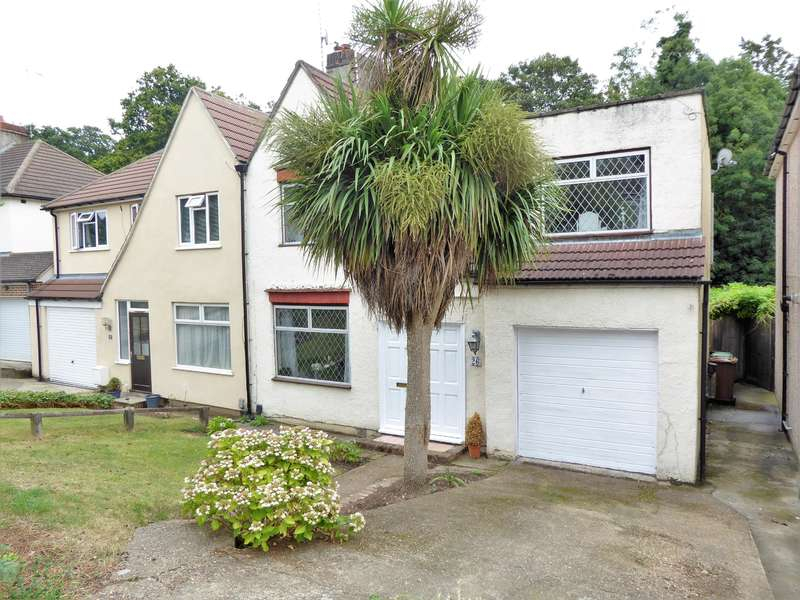 4 Bedrooms Semi Detached House for sale in Martens Avenue, Bexleyheath, Kent, DA7 6BD