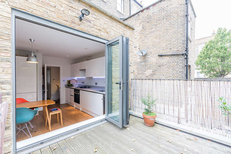 1 Bedroom Apartment Flat for sale in Vicarage Grove, Camberwell, SE5